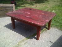 Table de salon antique en pin