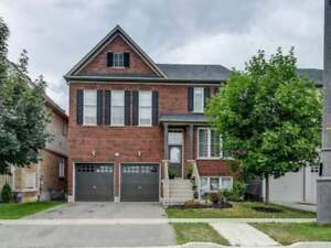 Windfields Fully Brick 4 Bdrm Detached Home 2600 Sqft