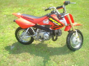 XR 50 R TRES PROPRE COMME NEUF