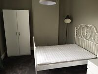 SELECTION OF DOUBLE ROOMS TO LET - FANTASTIC !!! - CLICK HERE
