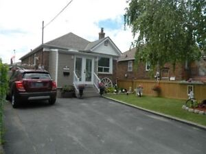 Entire 3 Bedroom House with Huge Yard Close to St. Clair W TTC