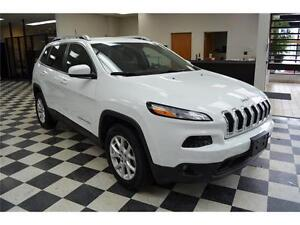2016 Jeep Cherokee North 4X4 - U-Connect**LOW KMS**Keyless Entry Kingston Kingston Area image 3