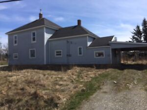 2 Story Home in Yarmouth Free to be torn down and removed