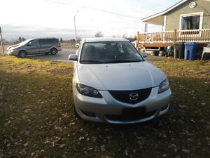 2006 Mazda Mazda3 Gray cloth Sedan