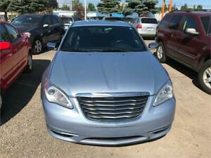 2012 Chrysler 200 Limited,Leather,Heated Seats,Remote Starter
