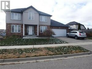 4 BED HOUSE FOR RENT IN KITCHENER