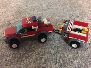 Lego City Fire Station and Fire Truck and Fire Boat Kitchener / Waterloo Kitchener Area image 5