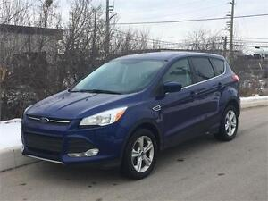 2014 Ford Escape SE Ecoboost 4WD *ACCIDENT FREE* BACK UP CAM!