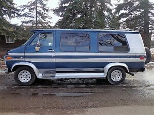 1991 GMC Vandura travel van