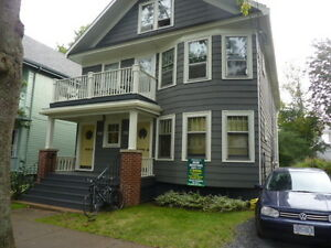 Five Bedroom Flat In  Central Halifax Including UTILITIES!!