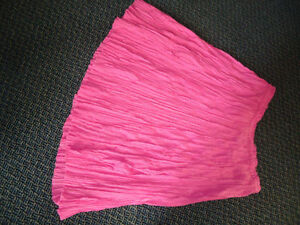 Ladies Size 18 Pink Full Length Skirt ***NEVER WORN**** Kingston Kingston Area image 2