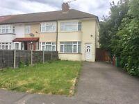 2 Bedroom House - Close to Burnham Station