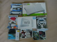 Wii Player, Games and Many Extras - NEW
