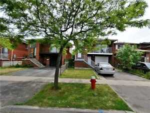 Detached 5 Level Back Split Situated On Quiet Street!
