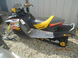 2003 Ski-Doo MXZ 800 SPORT Cambridge Kitchener Area image 4