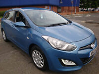 13 HYUNDAI I30 CRDI CLASSIC BLUE DRIVE DIESEL ESTATE £20 A YEAR TAX