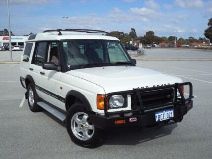 2001 Land Rover Discovery V8 (4x4) White 4 Speed Automatic 4x4 Wagon Maddington Gosnells Area Preview