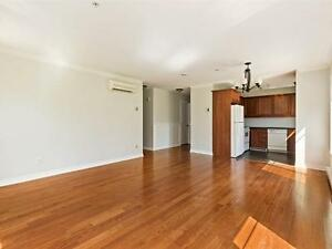 4 1/2 Condo For Rent / A Louer 4.5 DDO