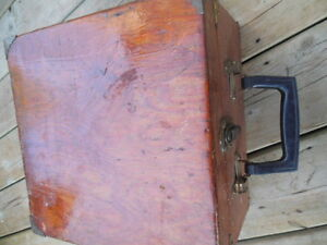 antique lawn bowling bowls/balls in antique wooden box London Ontario image 7