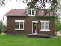Beautiful Country Home for Sale - Close to town - 2.47 Acres!
