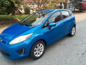 2013 Ford Fiesta SE 4 Door Hatchback