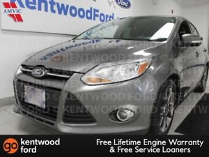 2013 Ford Focus SE with heated seats. Drive in comfort!
