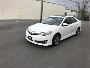 2012 TOYOTA CAMRY SE 4 CLY ,NAV, SUNROOF, MINT CONDITION