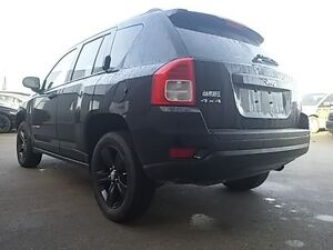 2012 Jeep Compass North 4x4 HEATED SEATS SUNROOF BLACK PAINTED A London Ontario image 5