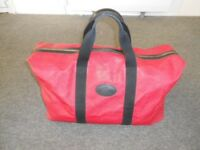 Mulberry Clipper/Holdall in Red mole scotchgrain coated canvas with black trim