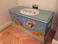 Kids Solid Oak Hand Crafted Toy Trunk