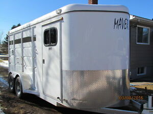 2014 Maverick Horse Trailer for Sale