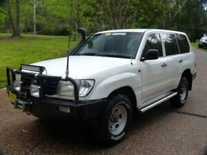 1998 Toyota Landcruiser HZJ105R (4x4) White 5 Speed Manual 4x4 Wagon Glenning Valley Wyong Area Preview