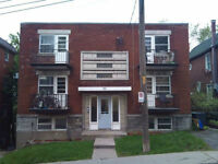 41/2 unit AVAILABLE IMMEDIATELY IN A 6 PLEX APARTMENT  VERY CLEA