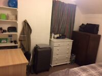 Fully furnished available in friendly house share in Cardiff