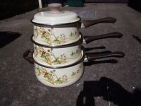 3 Saucepan Set Enamel with non stick Pretty Countryside Design Vintage