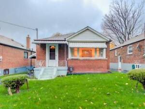 HOUSE FOR SALE IN TORONTO DESIRABLE LOCATION