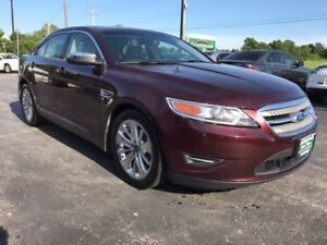 2011 Ford Taurus Limited AWD. NAVIGATION Fully Loaded sunroof