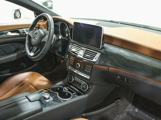 Image 14 Voiture Européenne d'occasion Mercedes-Benz CLS-Class 2016