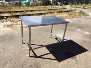 Heavy Duty Stainless Steel Equipment Stand / Prep Table