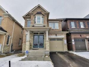 Beautiful 3 Bedrooms House for Rent in Markham