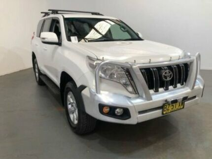 2014 Toyota Landcruiser Prado KDJ150R MY14 GXL (4x4) White 5 Speed Sequential Auto Wagon Kooringal Wagga Wagga City Preview