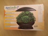Miracle-Gro AeroGarden 7-Pod Indoor Garden