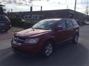 2011 DODGE JOURNEY- automatic- 4 CYLINDRES**  120 000km   - **