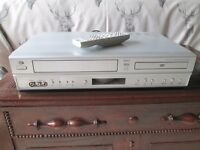 DURABRAND DBVC01-DVD PLAYER & VIDEO CASSETTE PLAYER / RECORDER-REMOTE CONTROL-VGC-COLLECT OSSETT.