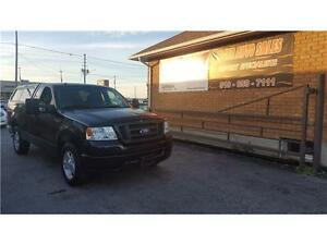 2008 Ford F-150 XL****TOPPER***ONLY 66 KMS****4.6L V8*******
