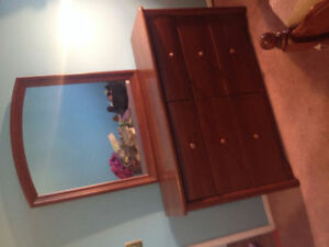 Solid Wood 6 Drawer Dresser with Mirror