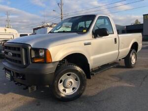 2007 Ford Super Duty F-350 SRW XL 4X4 **ONLY 43000KM**