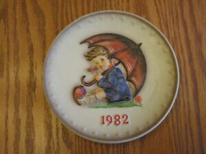 Hummel Plate by Gobel 1979 and 1982 plates
