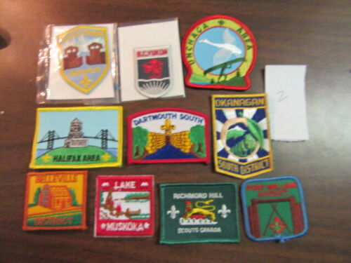 Canada Lot of 10 Different Patches    eb03  #2
