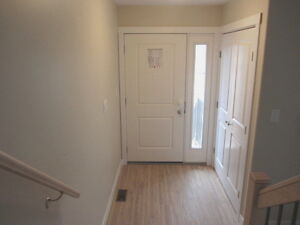CLOSE TO LAKEHEAD UNIVERSITY- 3 LEVELS OF QUALITY LIVING